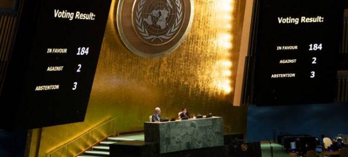 La Asamblea Genaral vota una resolución que pide poner fin al embargo económico de Estados Unidos a Cuba.